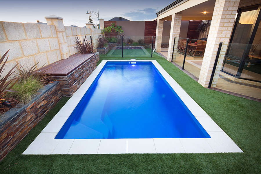 Portofino fibreglass swimming pool x for Swimmingpool 3m